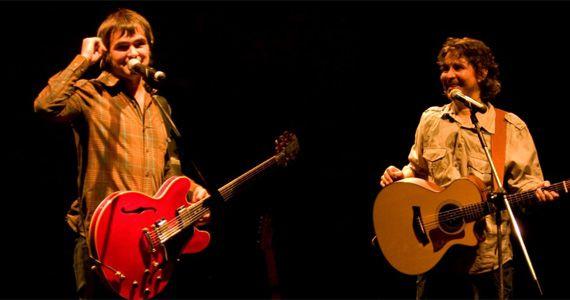 Samuel Rosa e Lô Borges sobem no palco do Teatro Bradesco para apresentar o novo trabalho da dupla Eventos BaresSP 570x300 imagem