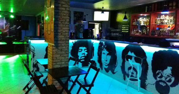 Mundo Alternativo com o melhor do pop rock no Santo Rock Bar no domingo Eventos BaresSP 570x300 imagem