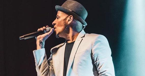 Sérgio Britto canta com a Banda TREN no Kia Ora Bar Eventos BaresSP 570x300 imagem