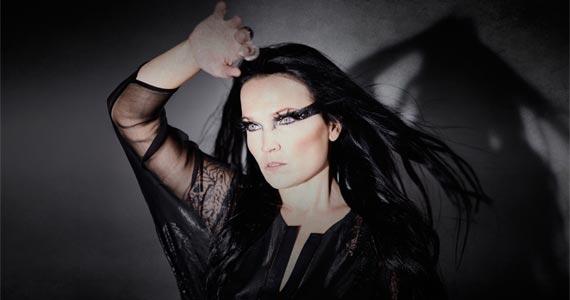 "A musa Tarja Turunen divulga os álbuns ""The Shadow Self"" e ""The Brightest Void"" no Tom Brasil Eventos BaresSP 570x300 imagem"