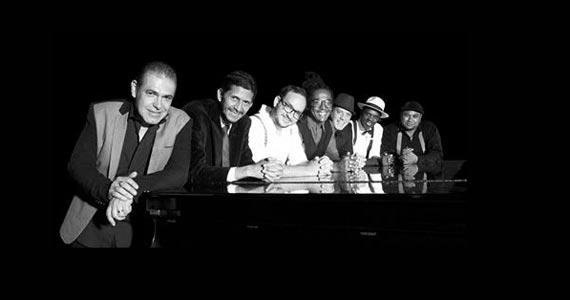 A banda Social Samba Fino faz parte da programação da Virada Cultural 2017 do dia 20 de maio no Teatro Flávio Império Eventos BaresSP 570x300 imagem