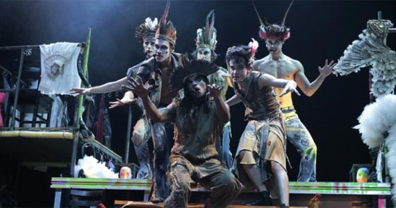 """O espetáculo """"Dzi Croquetes"""" anuncia as suas últimas apresentações no palco do Teatro Augusta Eventos BaresSP 570x300 imagem"""