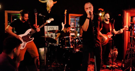 Show da banda The Apólices no St Pauls Pub