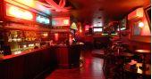 Banda Alta Frequência e DJ Cadu comandam a 89 Rock Party do Republic Pub