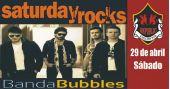 Banda Bubbles anima a noite com clássicos do rock no Republic Pub