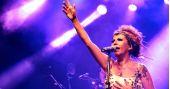 Rita Benneditto se apresenta no Sesc Belenzinho com o show Encanto BaresSP