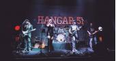 Apresentação da banda Almanak no palco do The Blue Pub