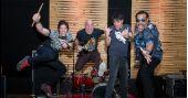 Banda Junkie Box apresenta um repertório que vai do clássico a atualidade no Bourbon Street Music BaresSP