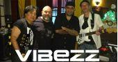 Agenda de eventos Banda Vibezz e Dj Adriano Roveri agitam a noite de sábado no Phenyx Club /eventos/fotos2/thumbs/bandavibezz_phenyx.jpg BaresSP