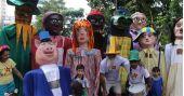 Agenda de eventos Bloco das Emílias e Viscondes desfila pelas ruas com o tema