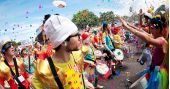 Agenda de eventos Segunda-feira tem Blókõkê entoando sucessos de karaokê no pré carnaval na Pça Dom Orione /eventos/fotos2/thumbs/carnaval2017_010220171215.jpg BaresSP
