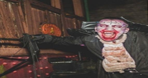 Festa de Halloween com Trem Fantasma Nos Trilhos com Teto Preto, Davis e Cashu Eventos BaresSP 570x300 imagem