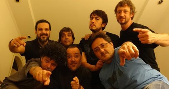 Cover de Frank Zappa com The Central Scrutinizer Band agitando à noite de domingo no Café Piu Piu Eventos BaresSP 570x300 imagem