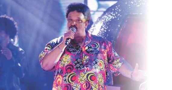 Homenagem ao Rei da Soul Music no Brasil, Tim Maia, no Teatro Fernando Torres com o tributo Chamando o Síndico Eventos BaresSP 570x300 imagem