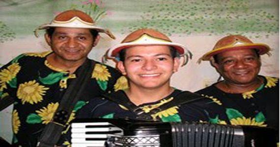 Quinta é dia de dançar muito forró com Trio Araripe no Canto da Ema Eventos BaresSP 570x300 imagem