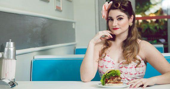 Twelve Burger recebe o Bazar & Encontro de Pin Ups, das 11h às 20h BaresSP