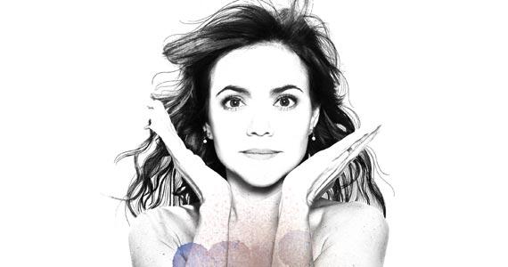 A cantora Vania Abreu traz uma seleção de canções dos seus 7 discos e novas leituras de clásscicos para o Teatro Lauro Gomes Eventos BaresSP 570x300 imagem
