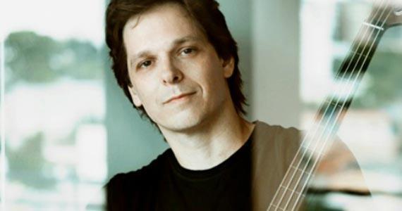O baixista Zéli Silva apresenta músicas de seus dois últimos Cds: Agora é sempre e Una no Ao Vivo Music  Eventos BaresSP 570x300 imagem