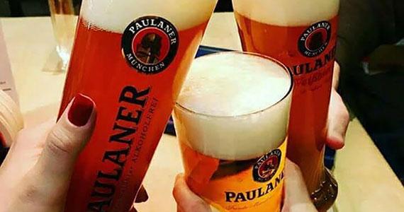 The Blue Pub Bela Vista celebra Oktoberfest com brindes e muita música ao vivo Eventos BaresSP 570x300 imagem