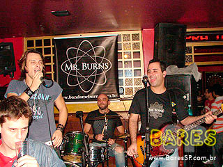 BANDA Mr. BURNS no Republic Pub