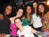 Quinteto em Branco e Preto e Grupo Explêndido fazem a festa de sexta na Casa do Samba /fotos/coberturas/14232/14232_13_pq BaresSP