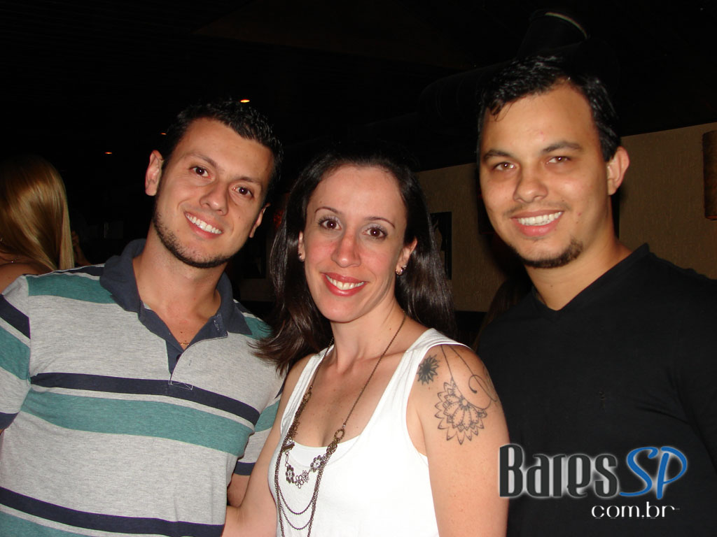 Maloka Chic agita a noite do Bleecker St. com sucessos da black music