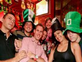 Sexta animada da ST.PATRICK'S WEEK no REPUBLIC PUB