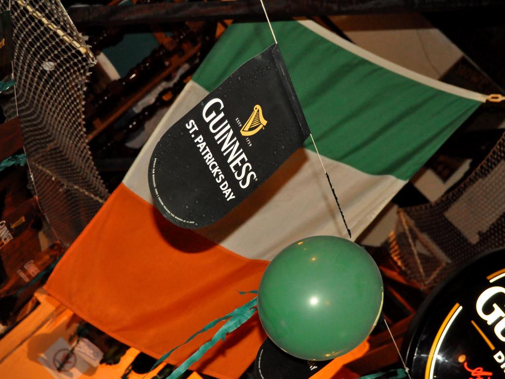 Finnegan's Pub celebrou o ST. Patrick's Day com programação especial