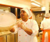 Pizzaria Fugazzeta comemorou o sucesso com jantar para convidados /fotos/coberturas/15964//fagazzeta_pq BaresSP