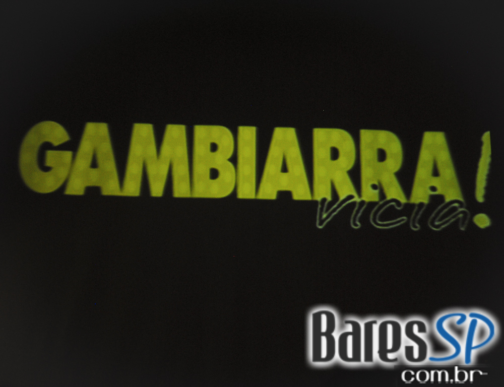 Gambiarra a Festa no Open Bar Club animou o domingo