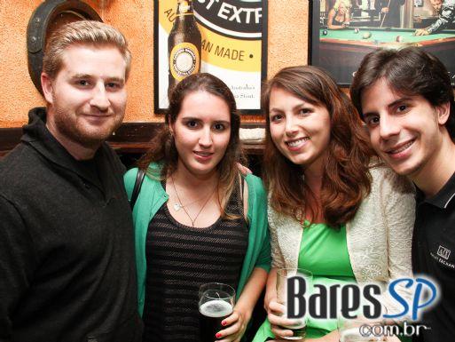 Dia de St. Patrick teve programação especial no The Blue Pub no final de semana de comemoração