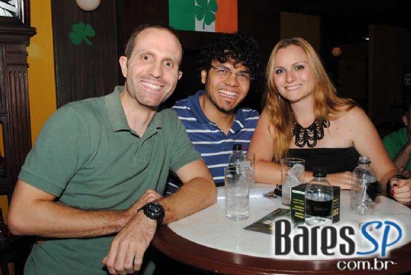 Bar Charles Edward celebrou o Dia de St. Patrick com programação especial