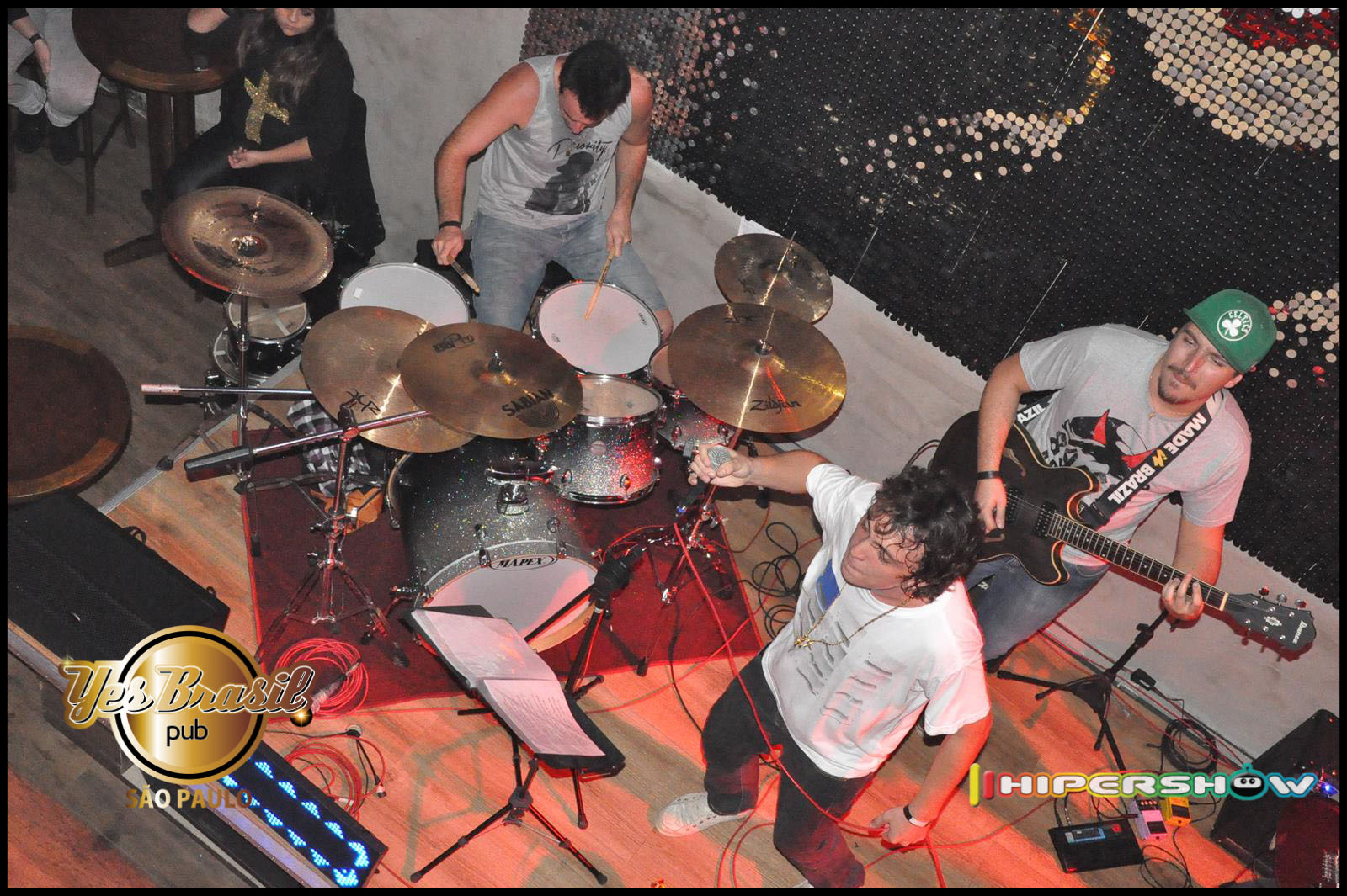 Quinta do Rock com a banda Rock Collection e parceria da 89 FM no Yes Brasil Pub