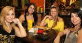Caetano's Bar tem música alemã ao vivo para acompanhar a cerveja Paulaner - Unisal /fotos/coberturas/20121/20121_pq BaresSP