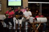 Bar do Arnesto oferecue samba de roda e mix de músicas na sexta-feira /fotos/coberturas/20169/20169_pq BaresSP