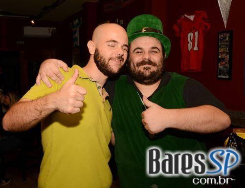Show da Banda Fatho agitou o Esquenta do St. Patrick Week no Bookmaker