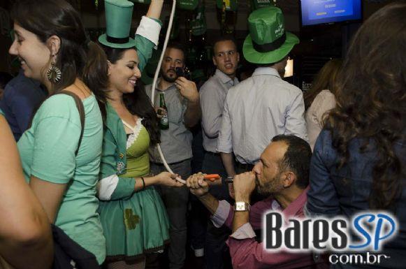 Banda Insônica agitou o Saint Patrick's Day no Jet Lag Pub