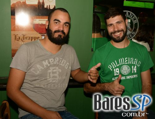 Show do 66 Unplugged animou o St. Patrick's Day do Goodfellas Bar