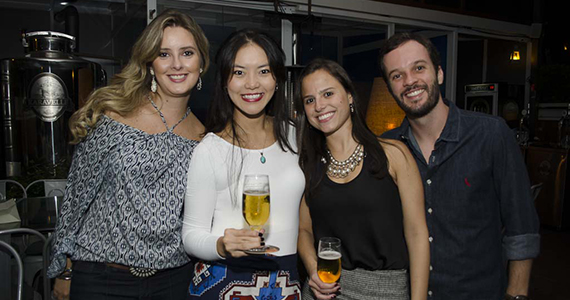 Coberturas BaresSP Happy Hour ofereceu pestiscos e chopes nesta sexta no Bar Karavelle