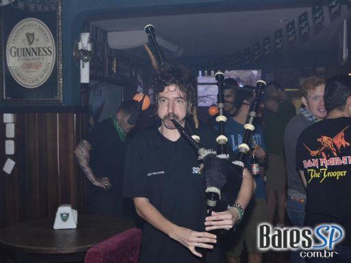 Comemoração do St. Patrick's Day com muitos show no Dunluce Irish Pub
