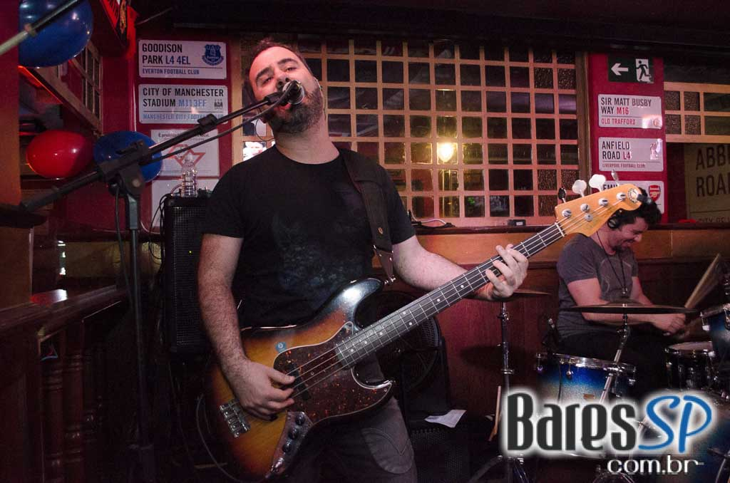 Republic Pub comemorou 8 anos com as bandas Gullivera e Burnz