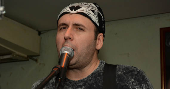 Coberturas BaresSP Banda Big Five agitou a noite com muito pop rock no palco do Capital da Villa