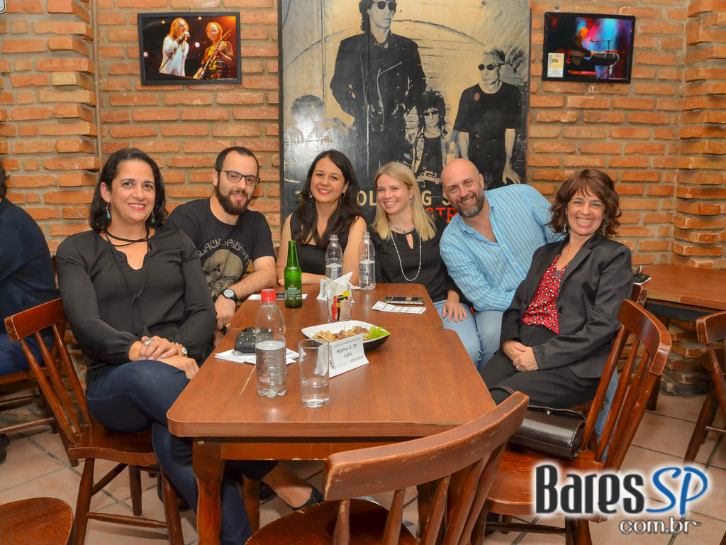 Classic Night com bandas convidadas animaram o Morrison Rock Bar