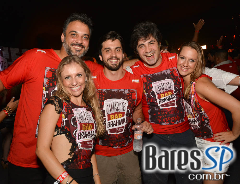 Camarote Bar Brahma promoveu a Fantastica Festa do Chopp com shows de Tiago Abravanel e Mr. Catra