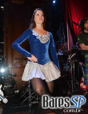 Bandas Movin Up e Rolls Rock animaram a quinta-feira no Bar Charles Edward - St. Patricks Week