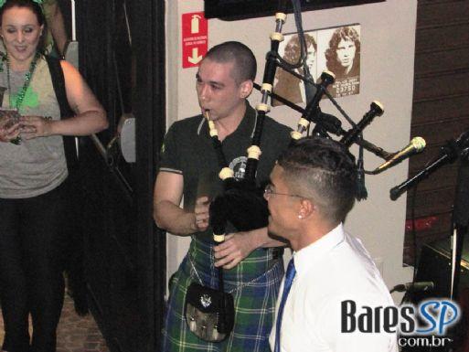 Banda Beoir, Sapateado Irlandês e Gaita de Fole na festa de St. Patricks Day do Kingsford