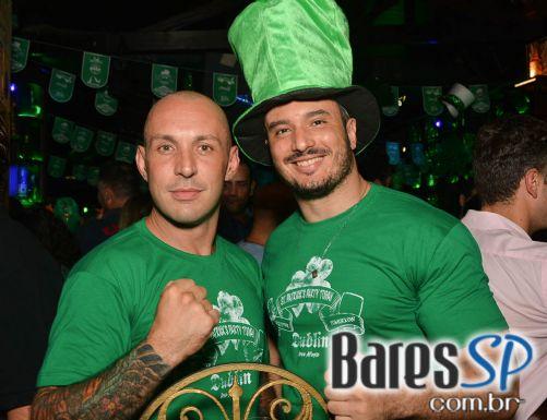 Dublin recebeu bandas Remake, Big Foot, Rock Stamp e convidados na festa de St. Patrick's Day