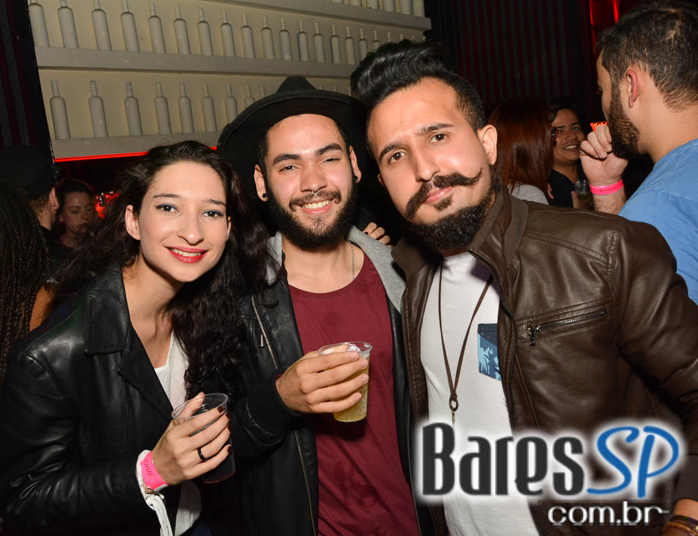 10ª edição da festa We Love Open Bar com Djs convidados na Mono Club