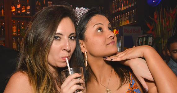 Noite do Pirulito animaram a noite com Djs residentes no Akbar Lounge e Disco