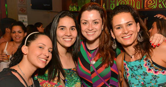 fotos - Bar Aurora fez o esquenta para o Carnaval com ensaio do Bloco Chega Mais